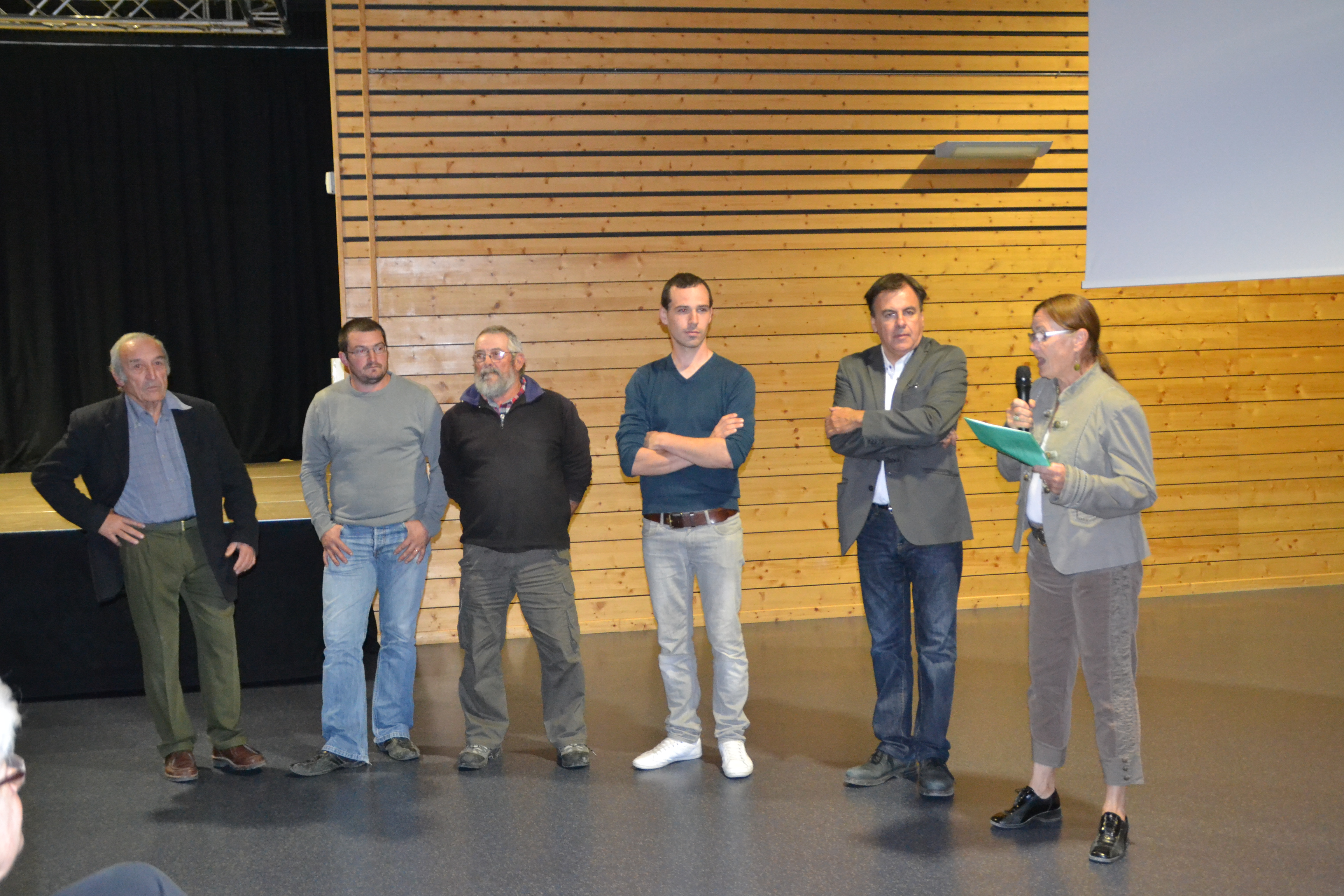 Les participants au débat