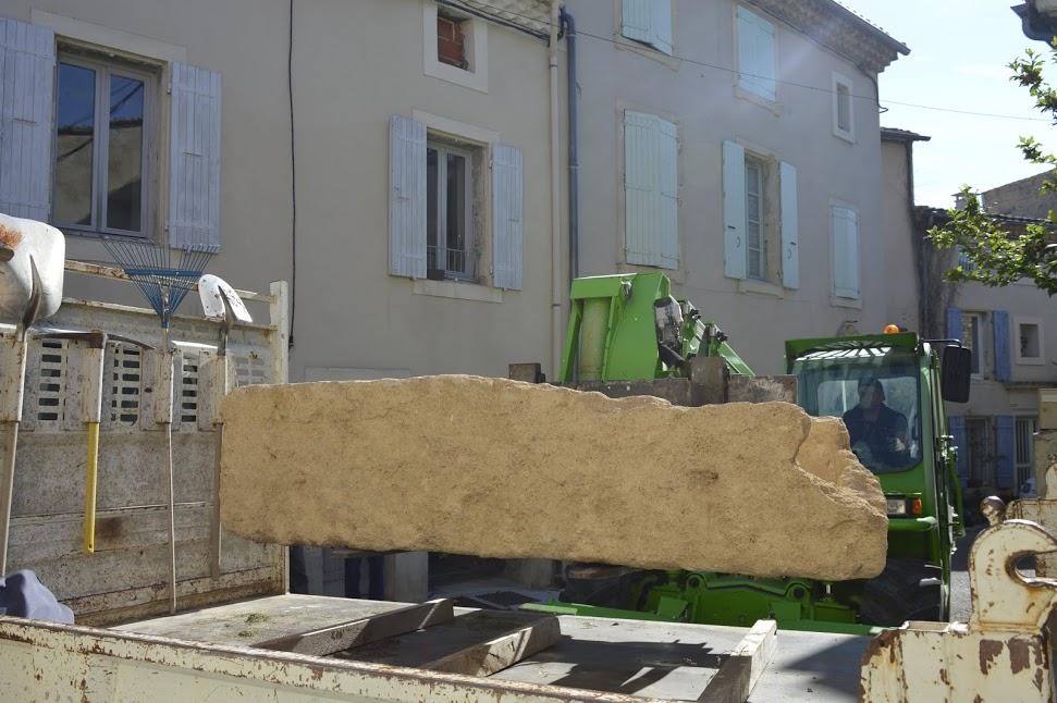 Arrivée devant la maison commune - photo W